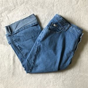 Knee Length Cropped Blue Jeans
